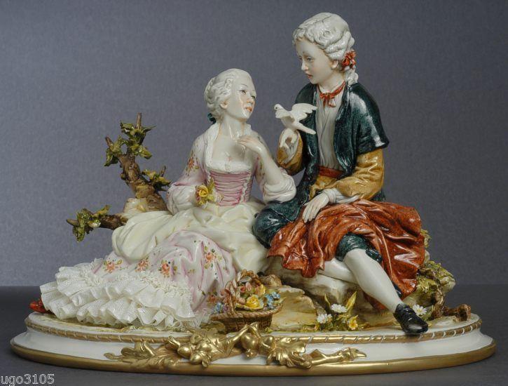 """Porcellana di Capodimonte """"Amore D'altri Tempi """""""