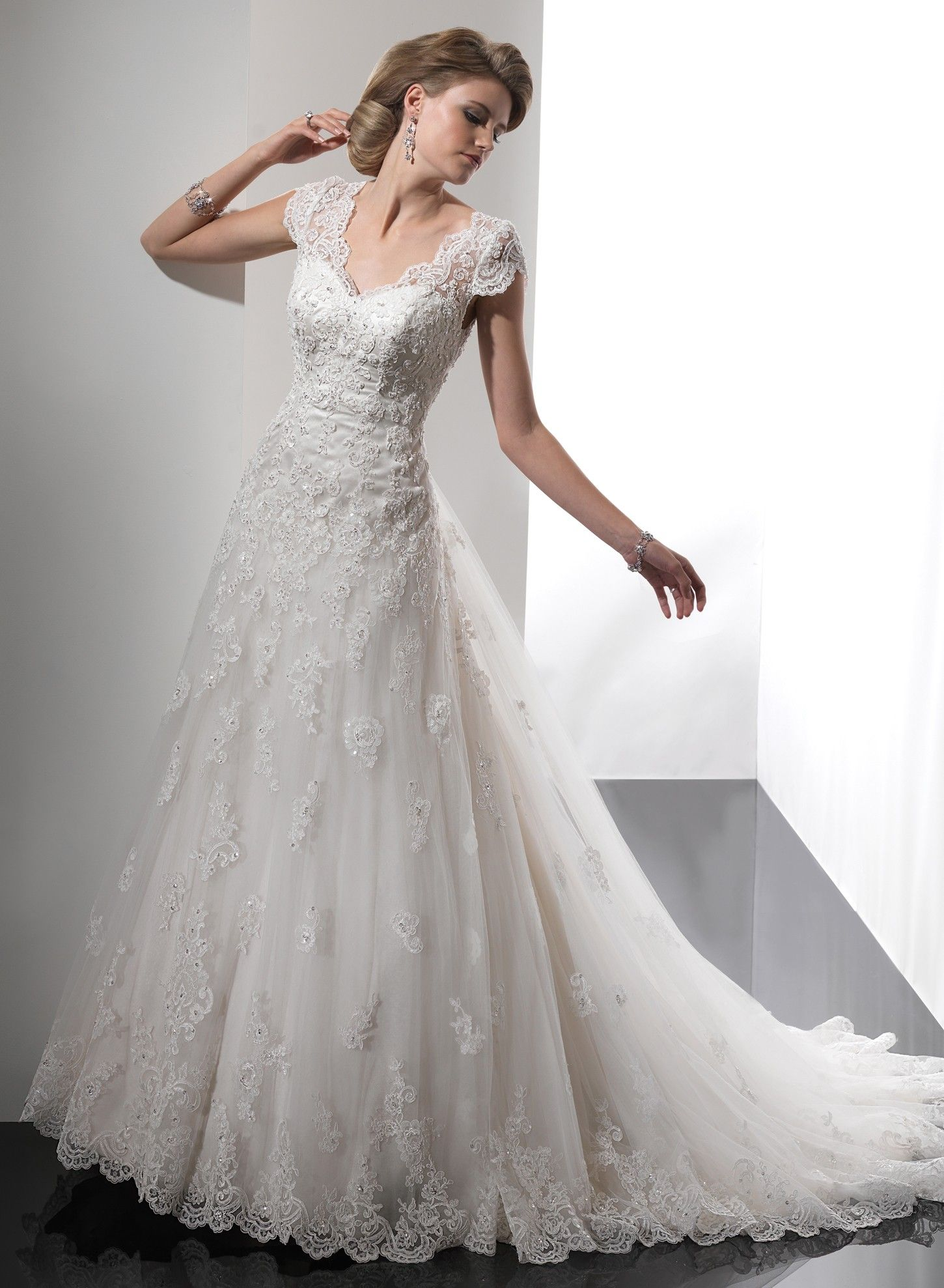Gorgeous Tulle Fabric A Line Wedding Dress