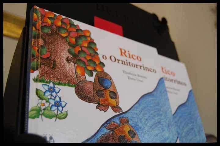 Rico l'Ornitorinco, Elisabetta Rossini e Elena Urso, Illustrazioni di E. Rossini, Nova Delphi