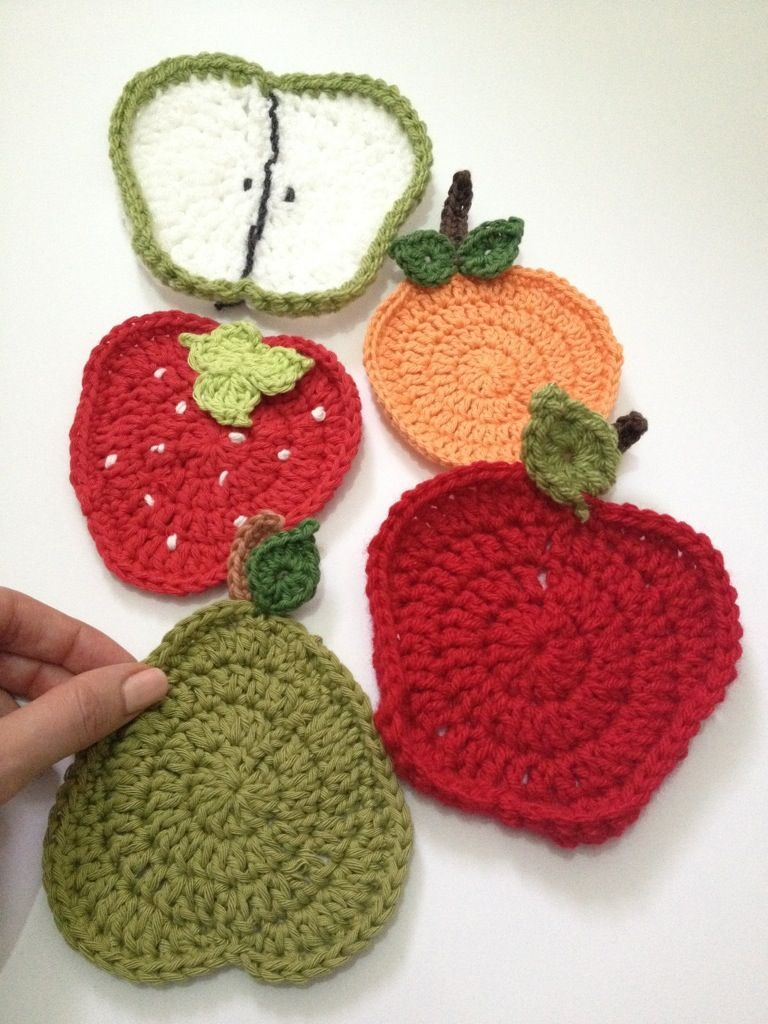 Invitation! You can be part of a yarnbomb! (link to free patterns for the fruit included)