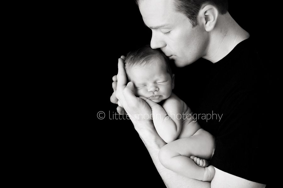 The 25 best father and baby photography family photography ideas images on pinterest extended family photography family photo and family pics