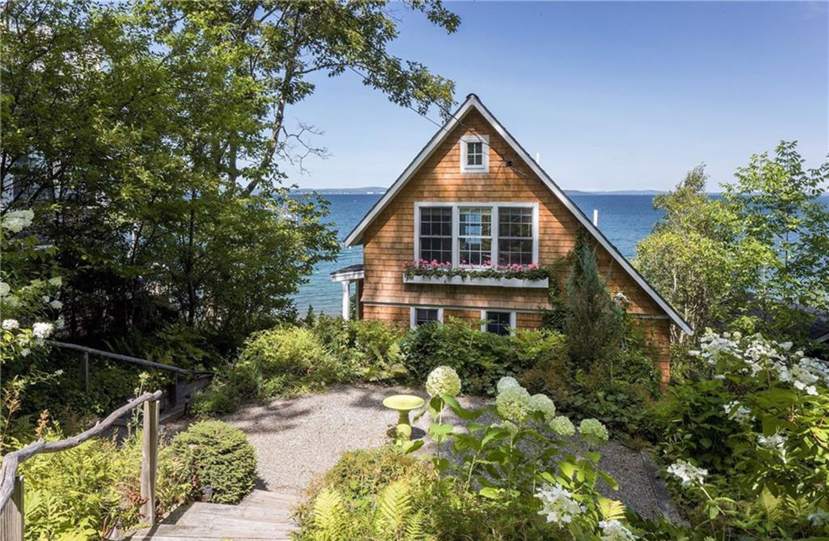 On The Market A Dreamy Dwelling On Penobscot Bay Waterfront Homes For Sale Maine Cottage Waterfront Cottage