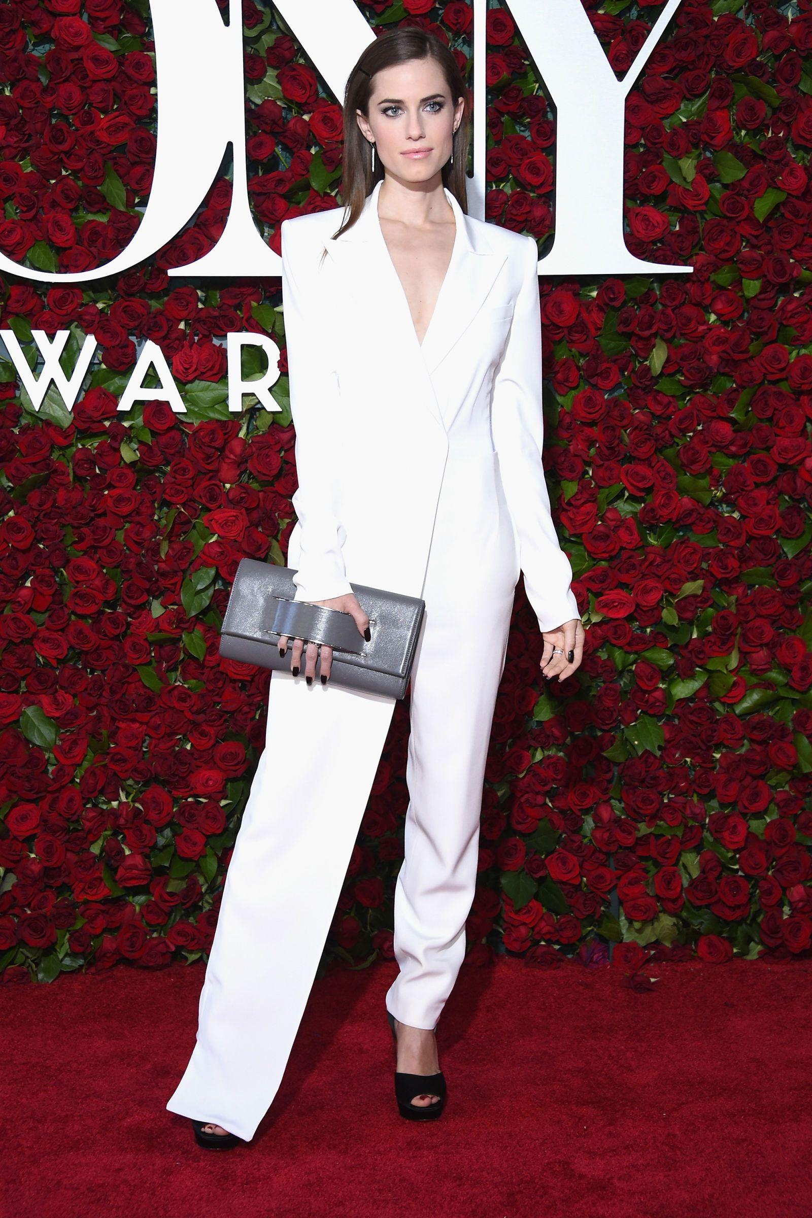 Allison Williams in DKNY | 2016 Tony Awards