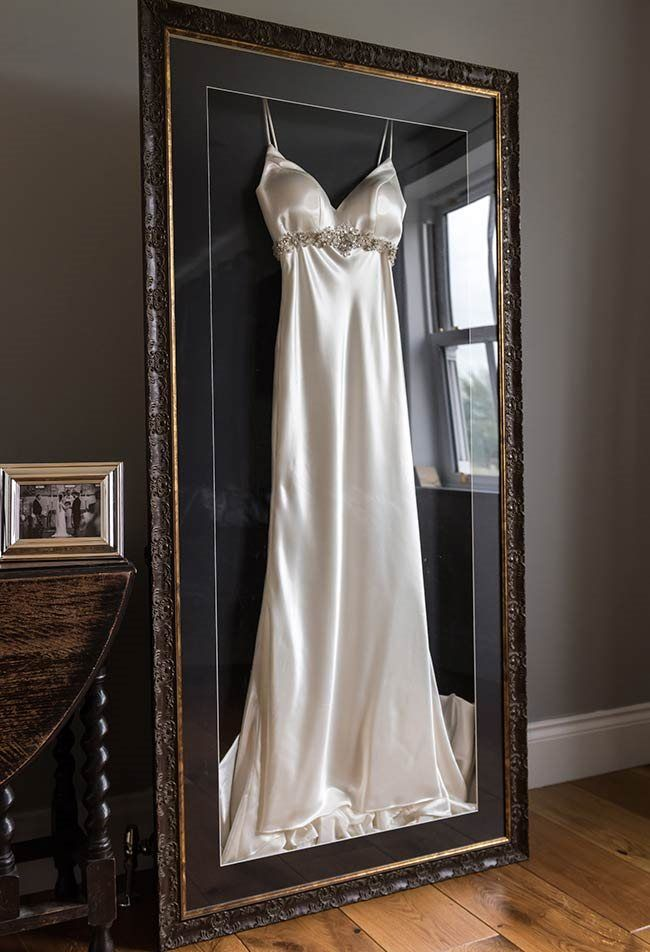Wedding Dress Framing How To Frame Your Wedding Dress Wedding