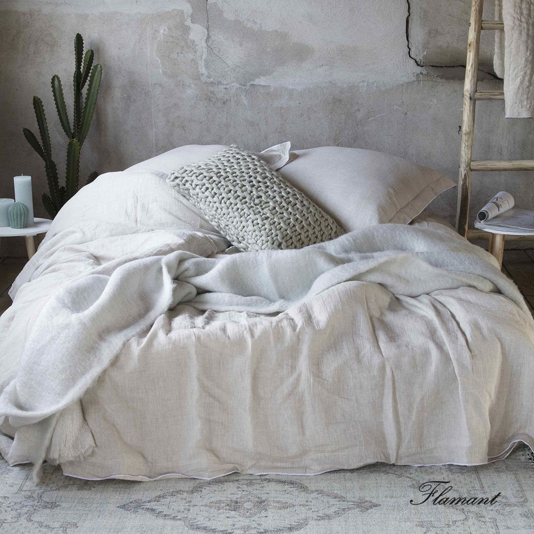 Enjoy The Incredibly Soft And Welcoming Fabrics Of The Flamant Bed Linen Collection Flamant Interiordesign Interiorstyling Interiors Homedec Met Afbeeldingen Bed