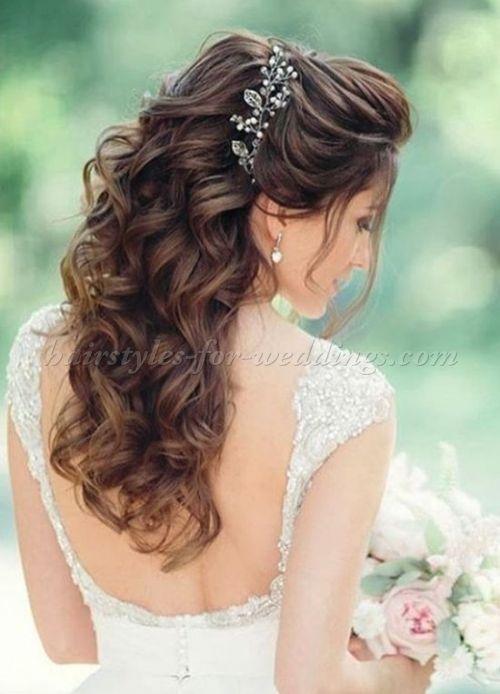 Half Up Wedding Hairstyles Hairstyleshalfuphalfdown Wedding Hairstyles Half Up Half Down Hair Styles Long Hair Styles