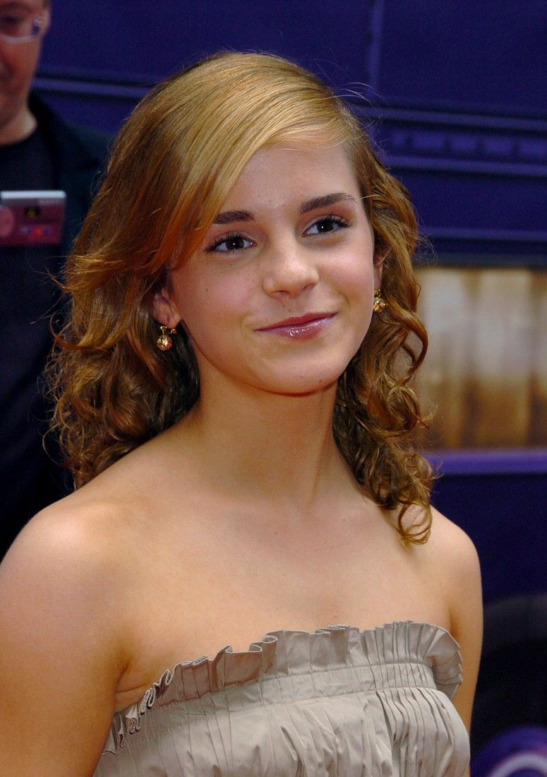 Emma Watson The Prisoner Of Azkaban Premiere Nyc 2004 Emma Watson Beautiful Emma Watson Emma Watson Beauty And The Beast