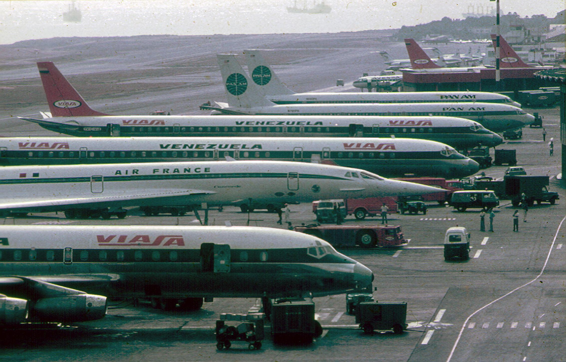 Resultado de imagen para airport Venezuela