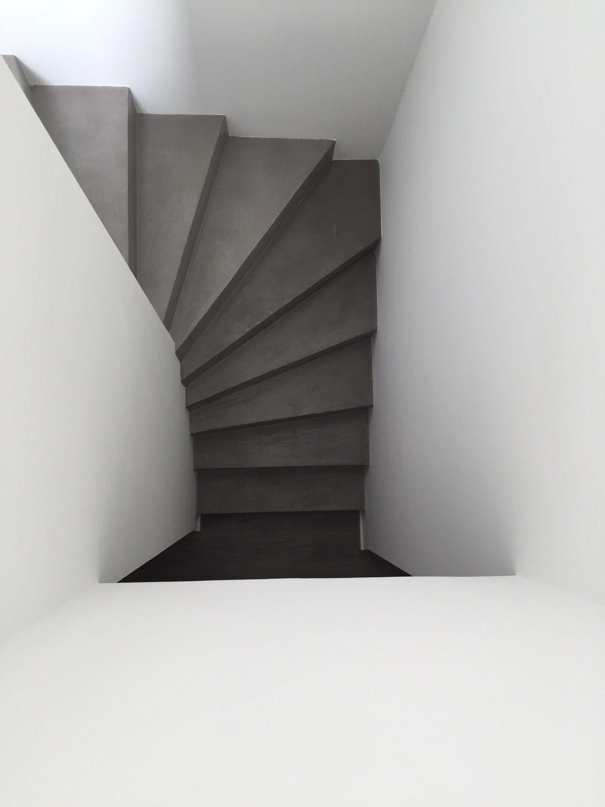 treppe betonoptik