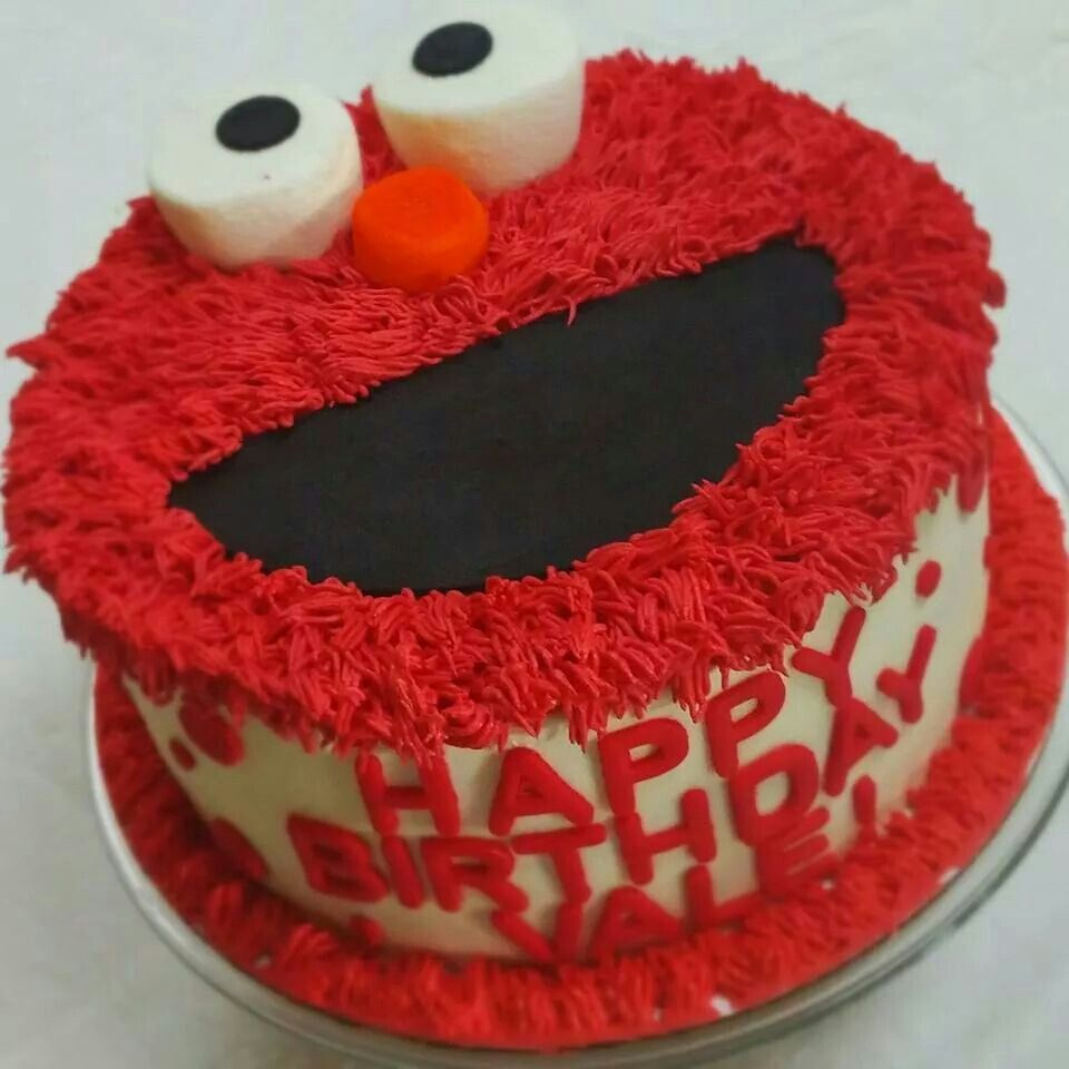 Happy Birthday Elmo cake This 8 inch 3 layer strawberry filled