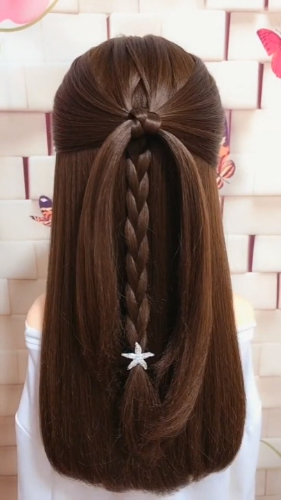 Simple Hairstyle Hack Never Expected That This Hairstyle Would Turn Out So Cute In 2020 Hair Hacks Short Hair Styles Easy Easy Hairstyles