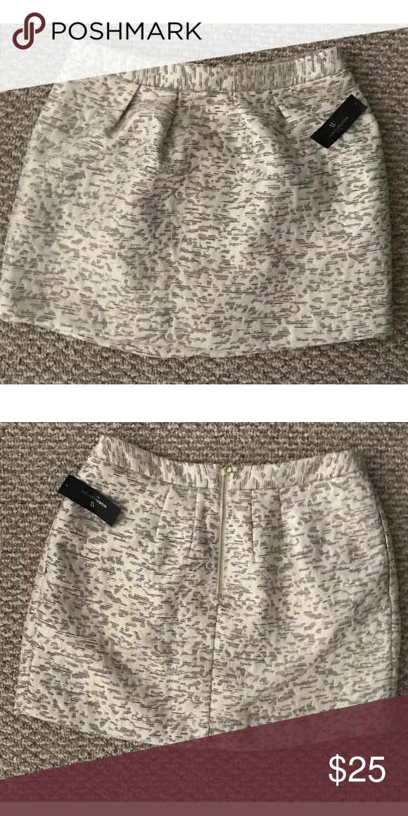 9f8bb9785 Worthington petite high waisted gold skirt size 12 Never worn worthington  skirt from jcpenney size petite 12 but if under 5'6 will fit. Skirts Mini