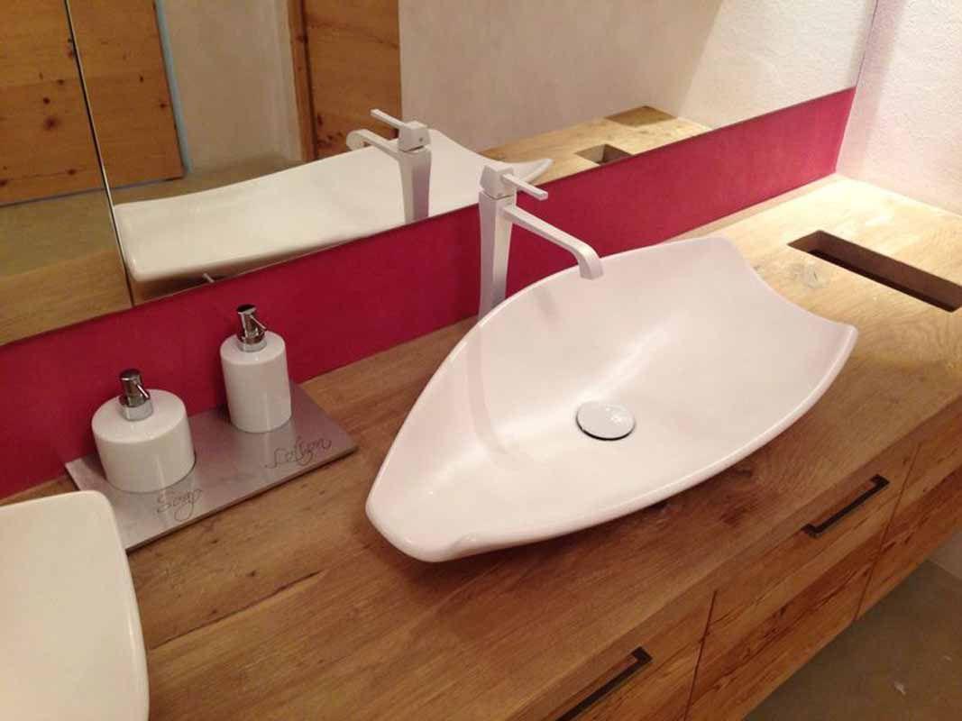 der weiss matte kong waschtisch kombiniert mit einem gessi mimi, Badezimmer ideen