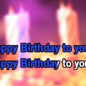 Canta en la siguiente felicitación de cumpleaños con este vídeo karaoke de happy birthday, algo diferente pero original.