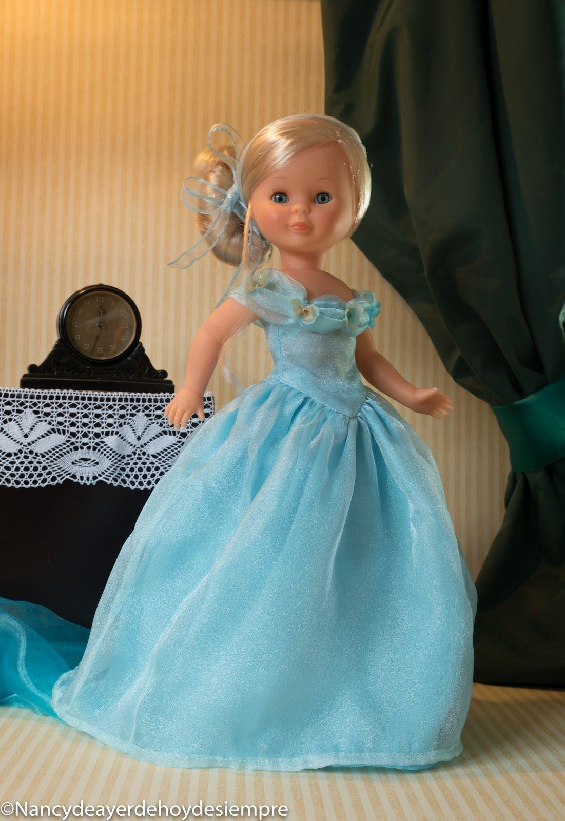 Nancy, Cenicienta va al baile. | muñecas de paises | Pinterest ...