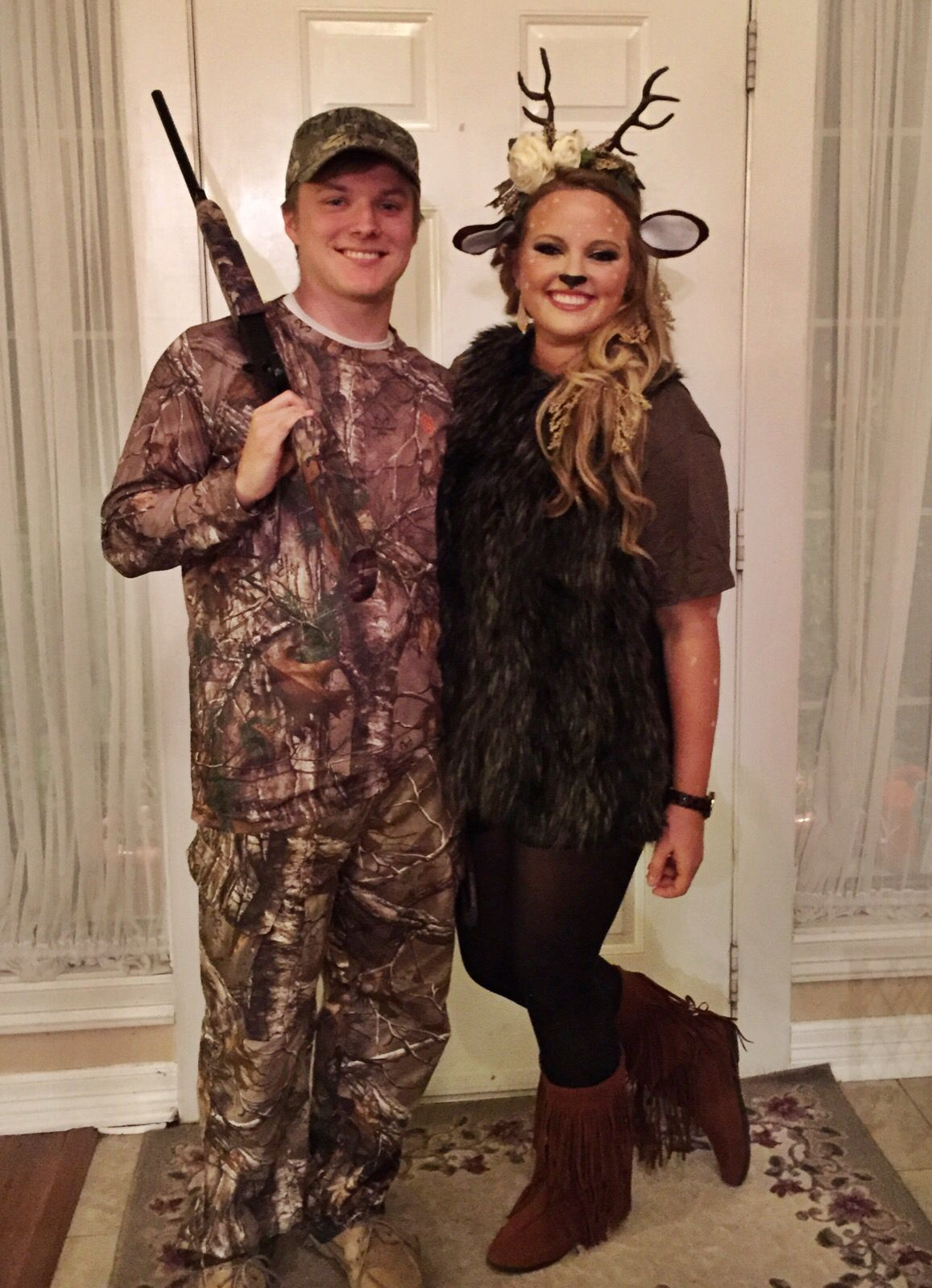 deer and hunter halloween costume college halloween pinterest halloween kost m und kost m. Black Bedroom Furniture Sets. Home Design Ideas