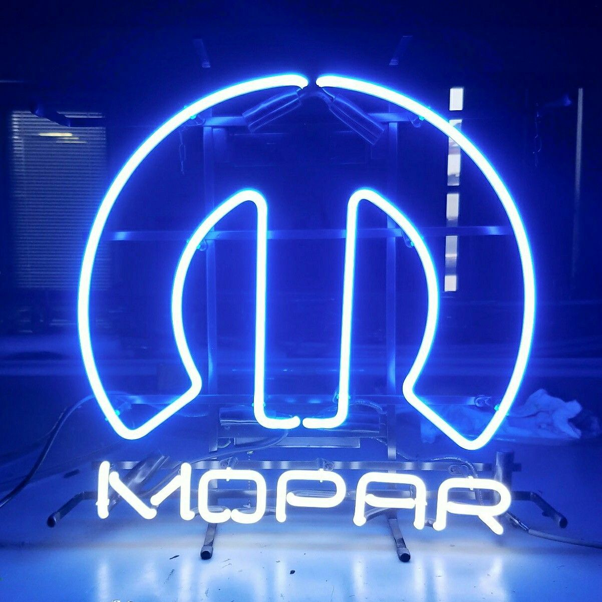 Pin By Jeff Soper On Neon Signs By Me With Images Neon Signs Neon Signs
