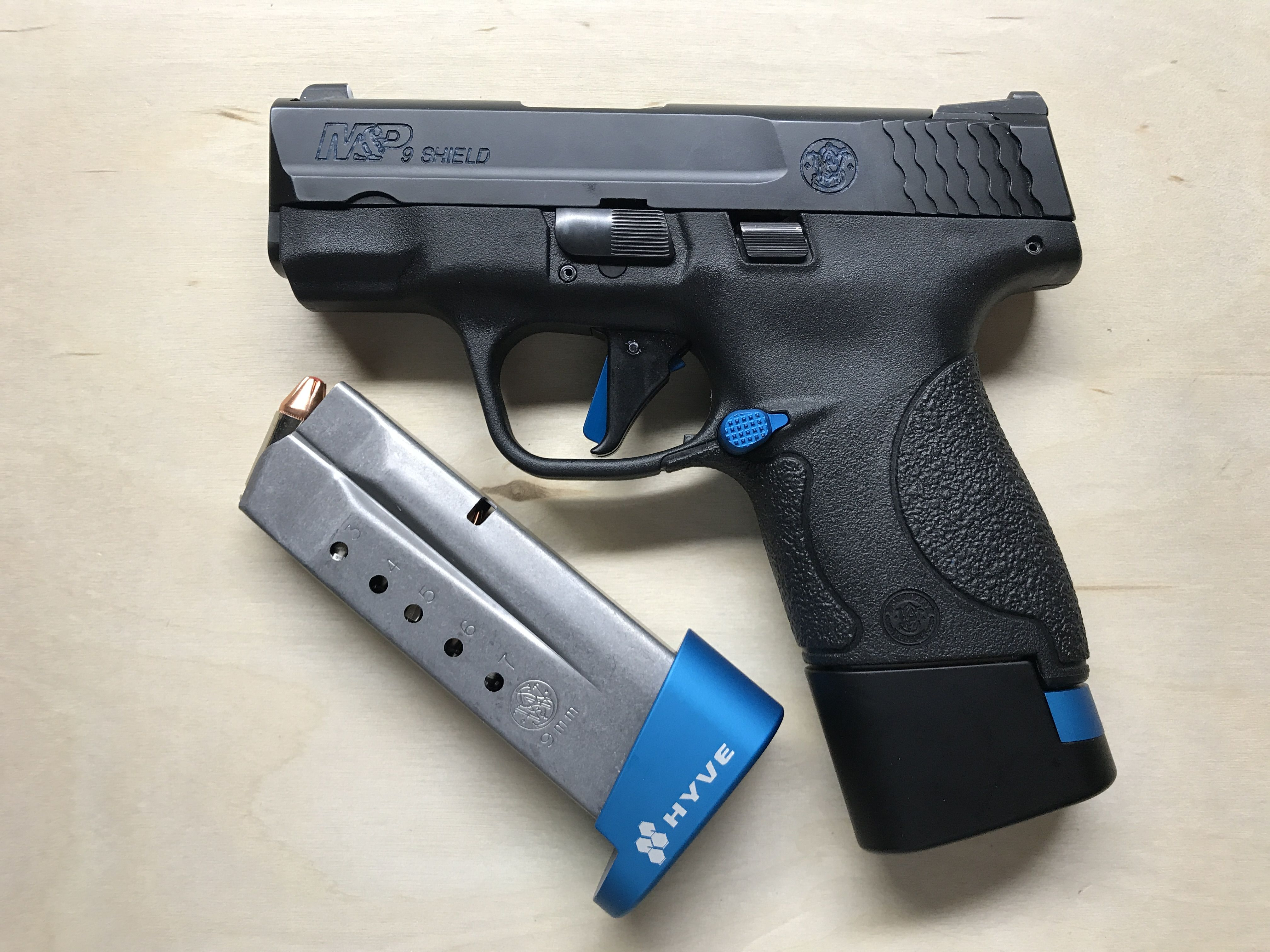 Smith and Wesson Shield 9mm with +1 and +2 Hyve magazine
