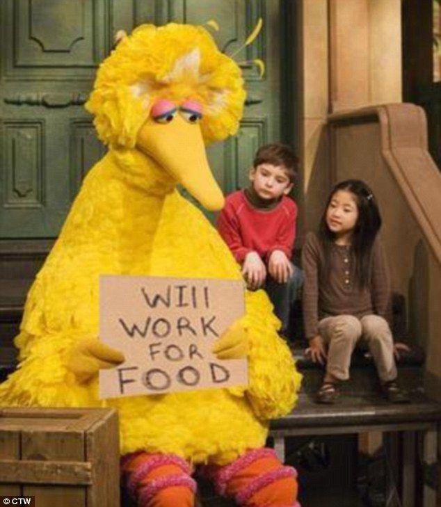 Presidential debate 2012: Big Bird speaks out after Romney's Sesame Street reference | Mail Online