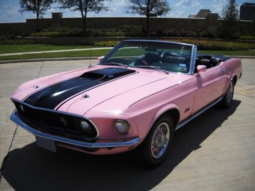Pin By Dana Gayle On Aut0mobiles Stuff Ford Mustang Convertible Pink Mustang Mustang Convertible