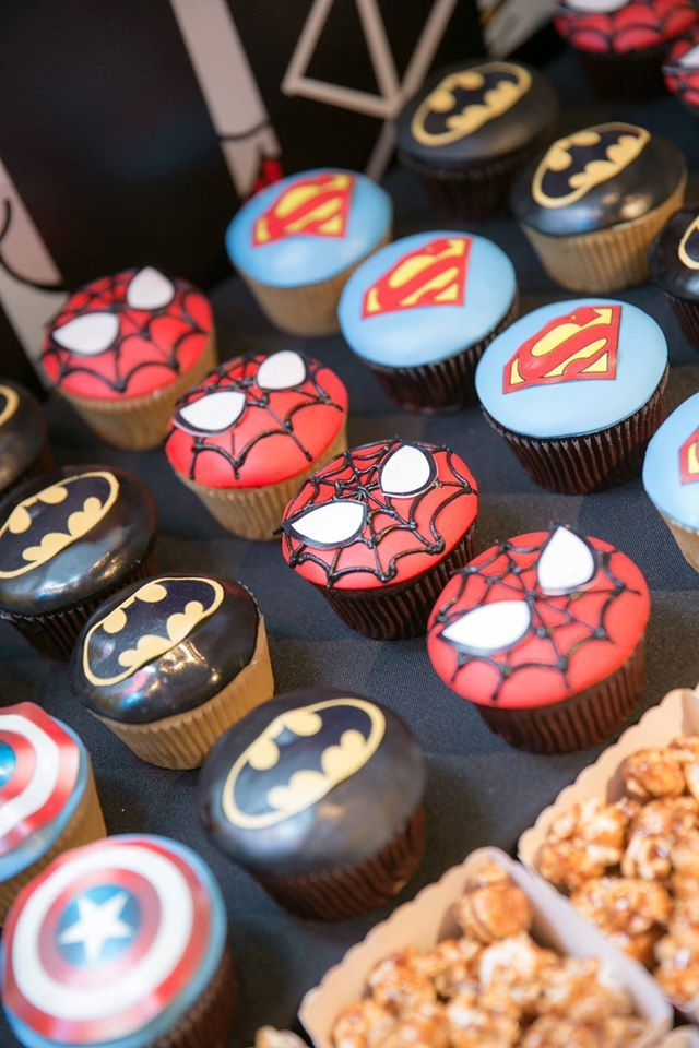Superhero cupcakes, candy table, superhero themed children's birthday party, Sweet Soirées, Hong Kong #hongkong #cupcakes #superhero #party