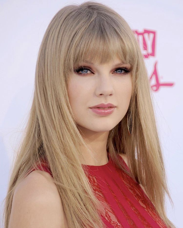 Taylor Swift Reputation Taylor Swift Hair Bangs For Round Face Hairstyles With Bangs