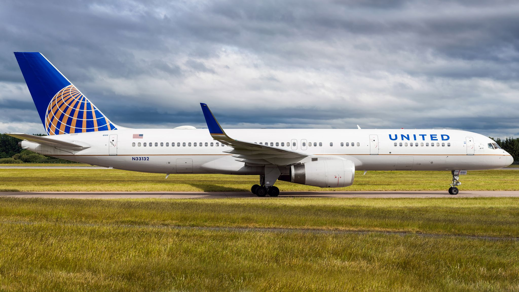N33132 United airlines, The unit, Boeing aircraft