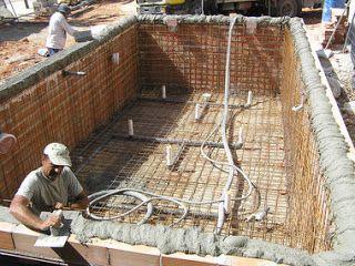 Como Construir Una Piscina Paso A Paso Construccion De Albercas Instalacion De Piscina Construccion De Piscinas