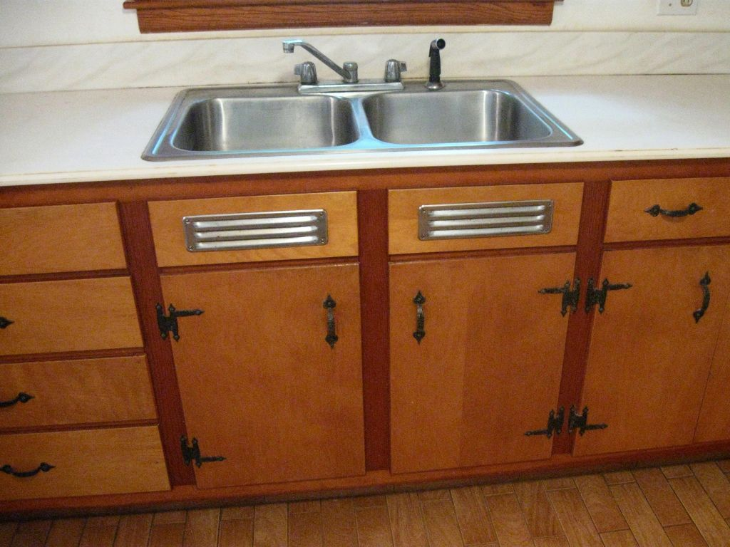 Stash Of Nos Kitchen Sink Cabinet Vents Made By Washington Steel Products In 2020 Kitchen Cabinets With Sink Kitchen Cabinets Kitchen Sink Inspiration