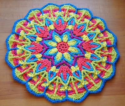 My Merry Messy Life: Hookin On Hump Day #14 - Link Party for the Fiber Arts