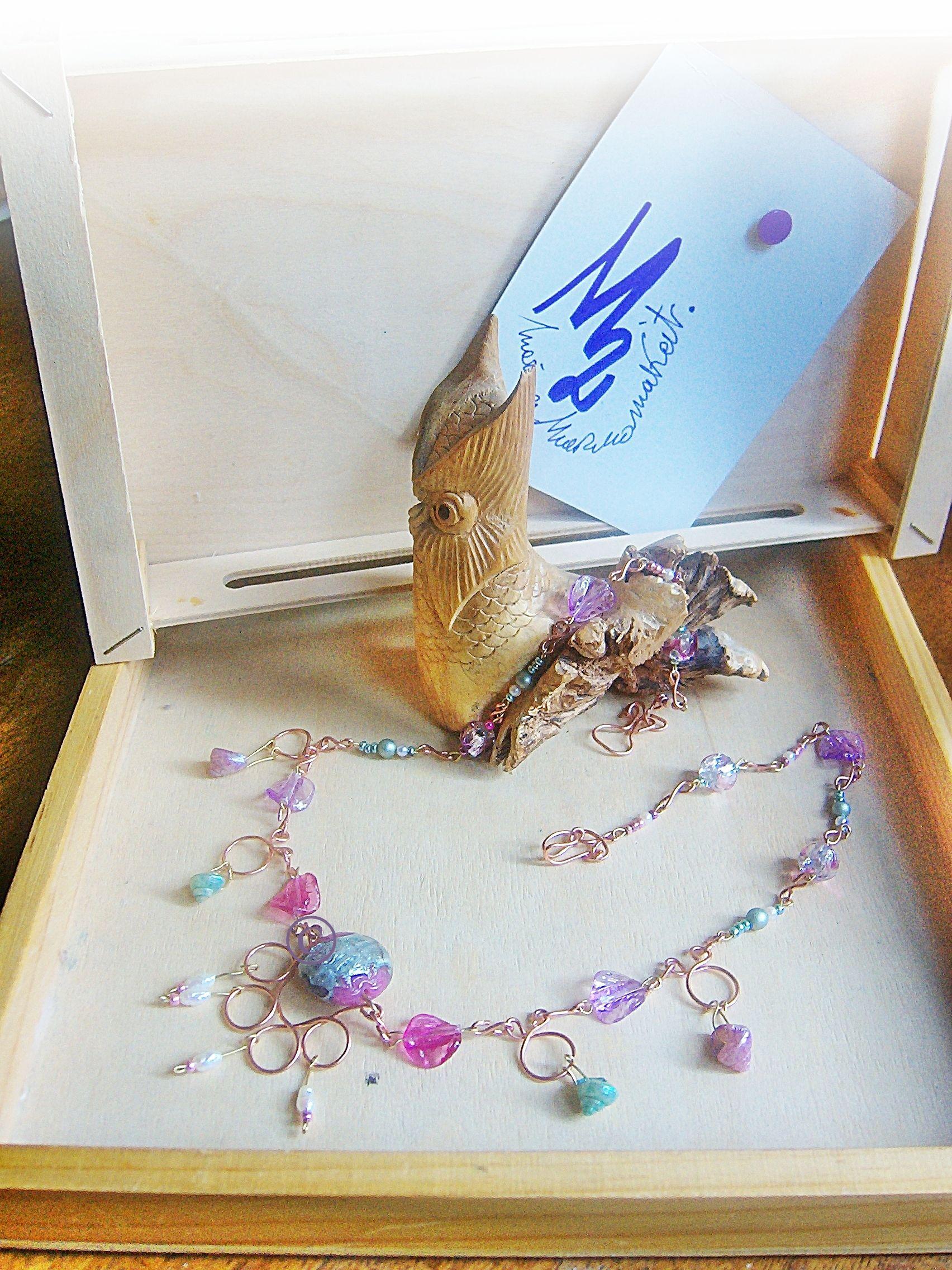 SWEET AND SHELLS  - Wire, pearls and...Collection - .   Perla piatta vetro veneziano datata 1930 , inserti di filo di rame e ottone   Venetian glass flat  pearl dated 1930, inserts copper wire and brass