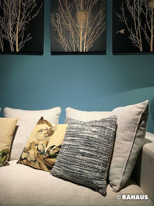 Wohnzimmer design gemutlich  CATWOMAN #Sofa #Katze #Cat #Kissen #Bild #Wohnzimmer #gemütlich ...