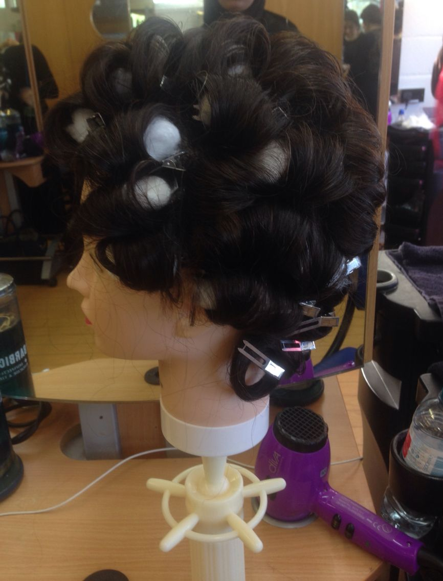 Setting the hair inBare curls and pin clip curls after ...