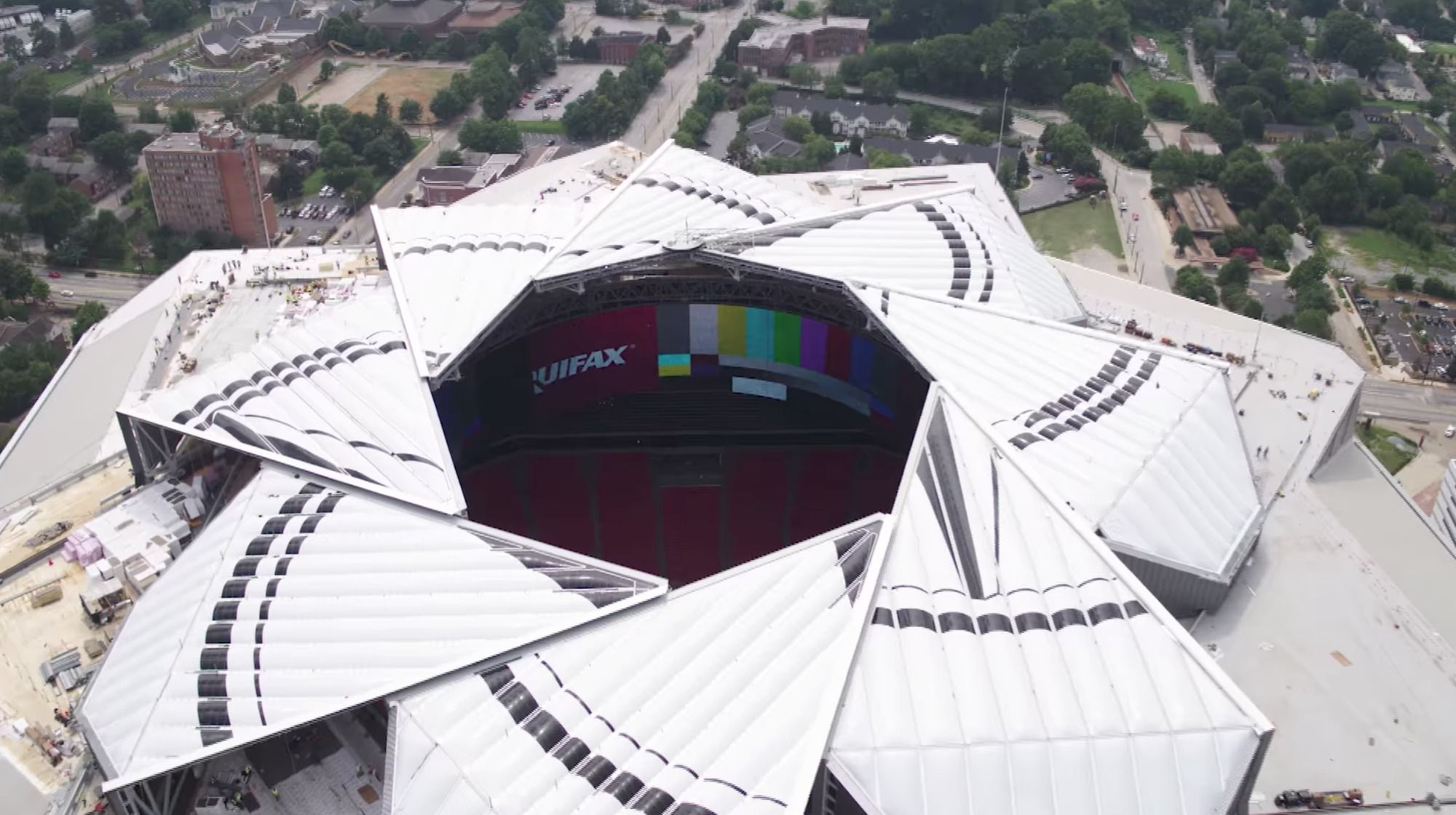 Aperture Style Retractable Roof At Atlanta S Mercedes Benz