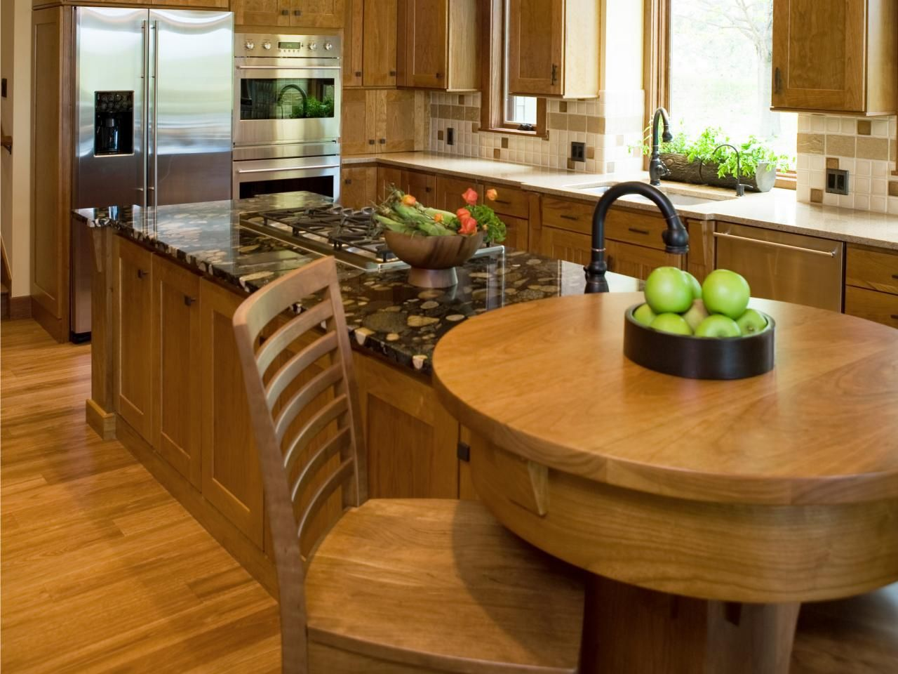Breakfast Bar Kitchen island   Backsplash Ideas for Small Kitchen ...