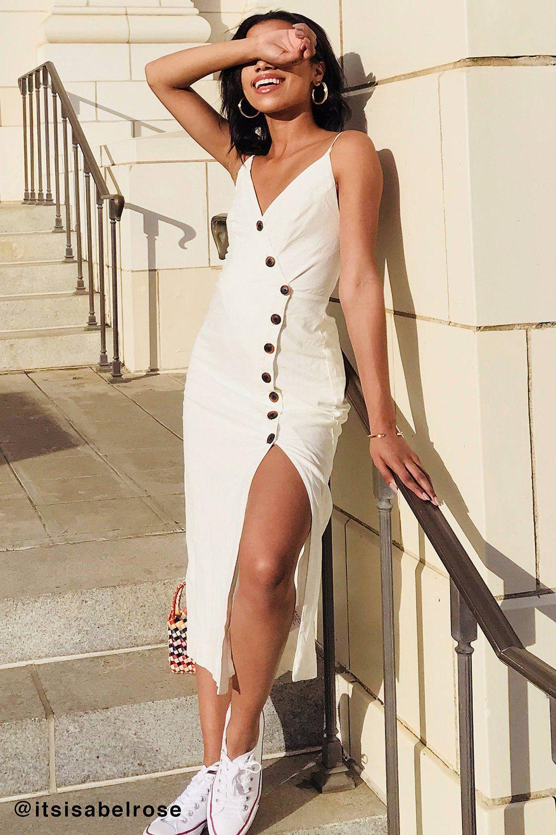 fa88242a13c2 UO Amber Button-Down Linen Midi Dress | Dresses | Button dress ...