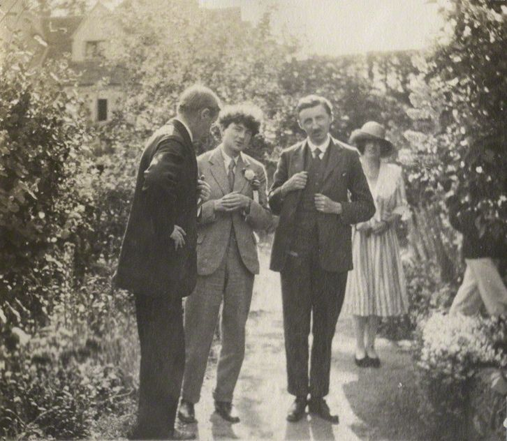 Snapshots Of Em Forster Taken By Lady Ottoline Morrell
