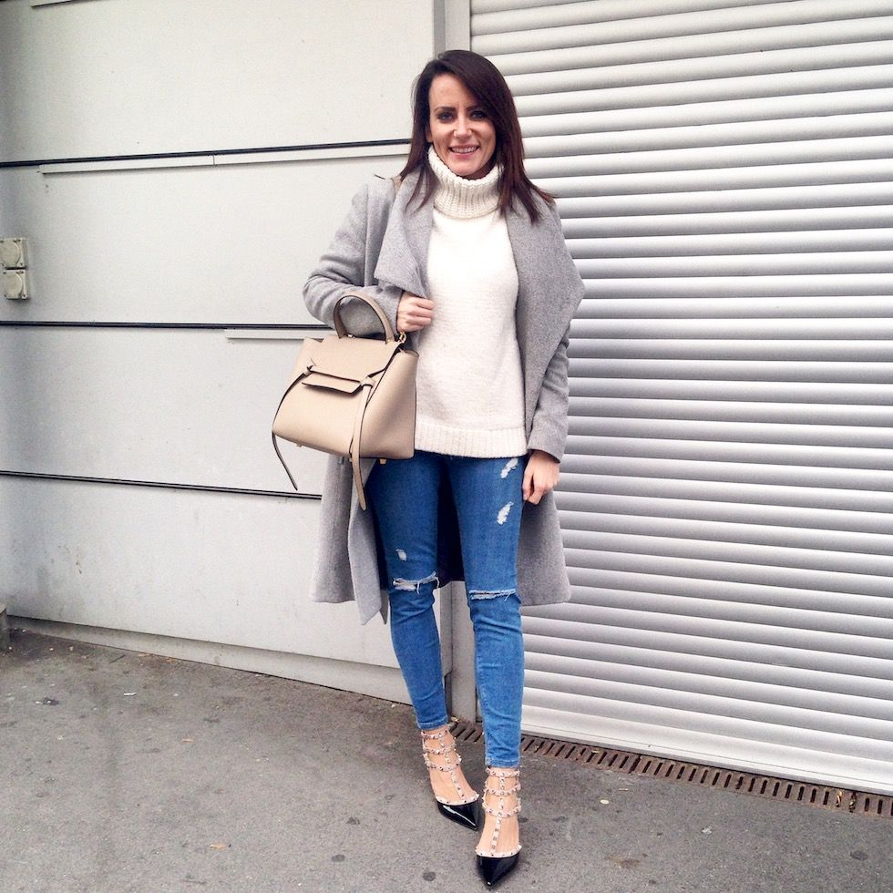 a54b93cf2fc3 topshop ripped jeans