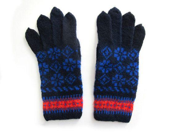 Blue Details Fair Isle Gloves hand knit in wool. Size M | Fair ...