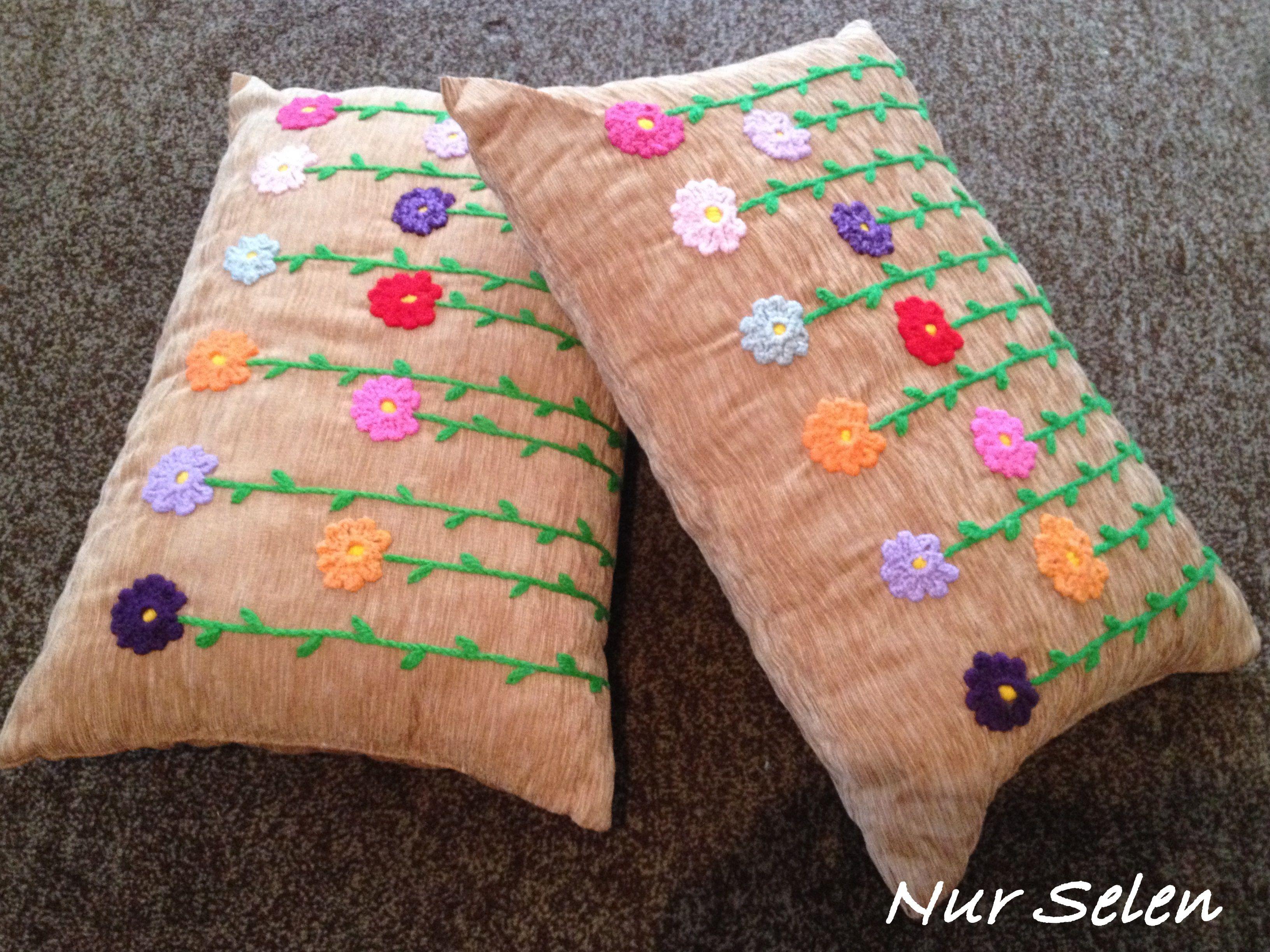 İşlemeli Yastıklar_Nur Selen Tığ işleri, Yastıklar, Çiçek