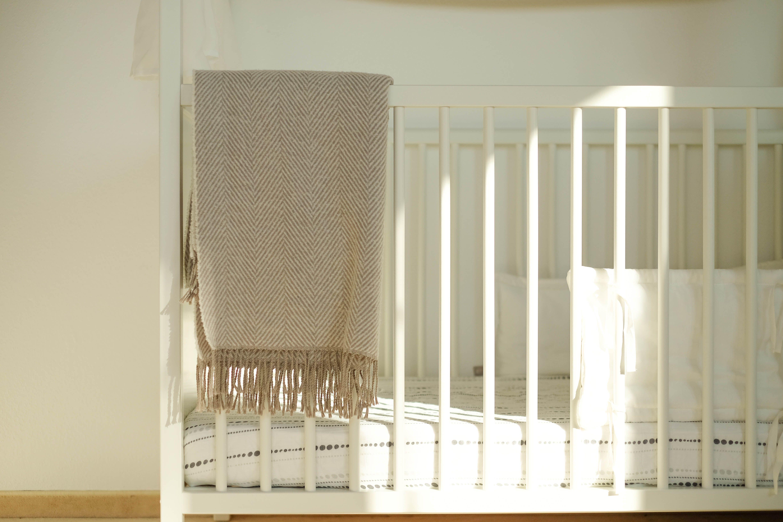 Stokke Kinderzimmer ~ Kinderzimmer baby room toddler nursery stokke home crib