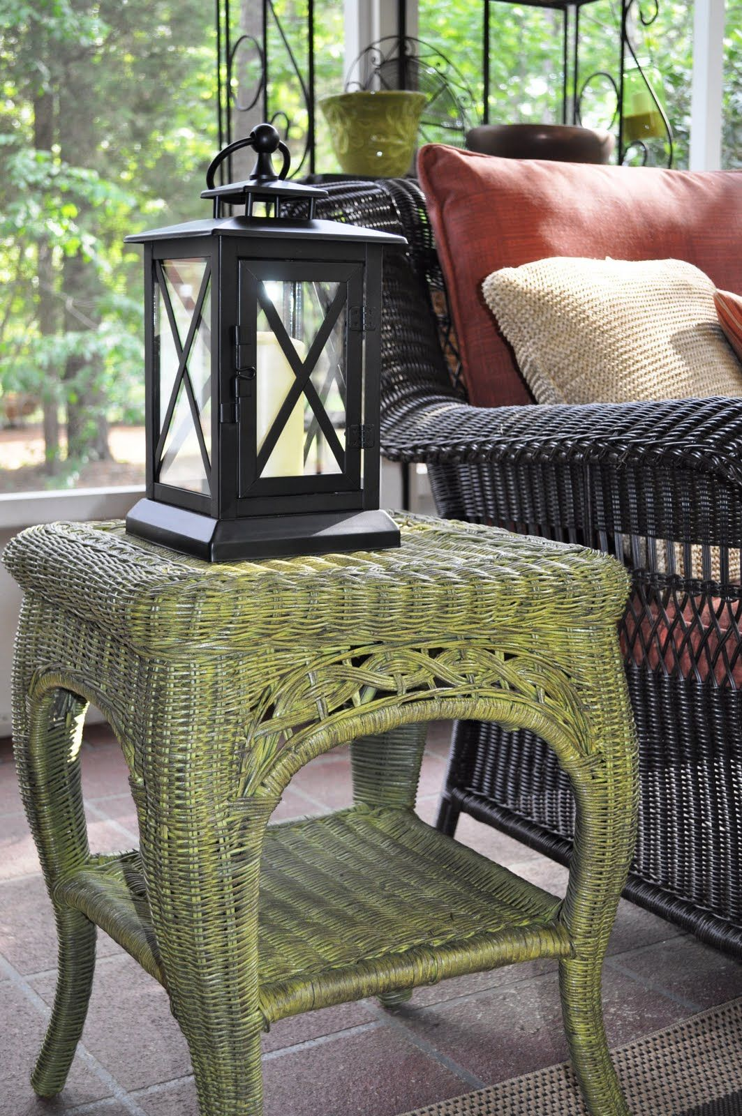 Fabulous Finish Wicker Table Revamped Guest Post Painting Wicker Furniture Painted Wicker
