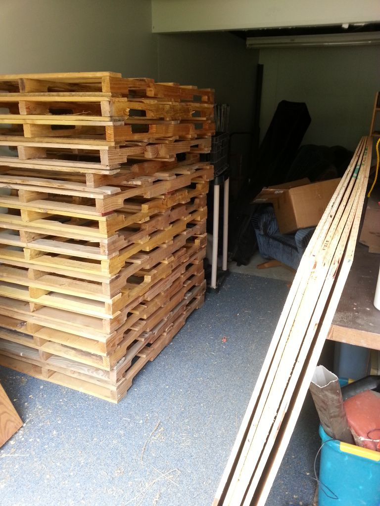 Creating a dance floor from recycled pallets diy wedding