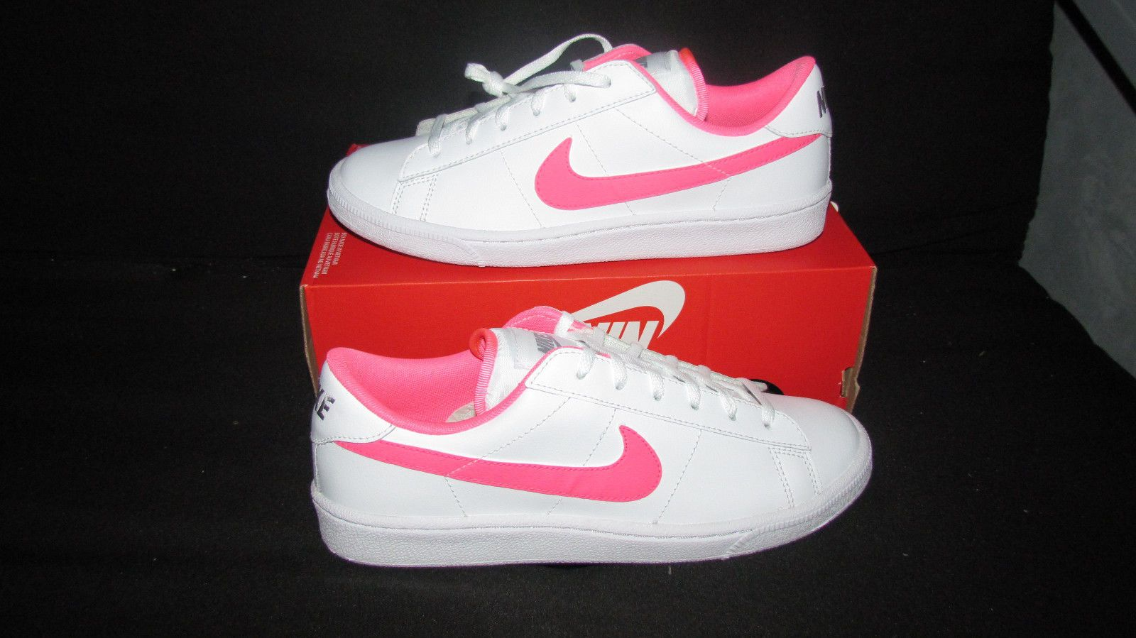 New Nike Tennis Classic girls fashion shoes size 7 youth color white/pink