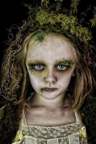 Swamp Sisters ~Makeup: Unique Irish   Photography: Hope Shots Photography  #Creepy #MossFairy #ThoseEyes