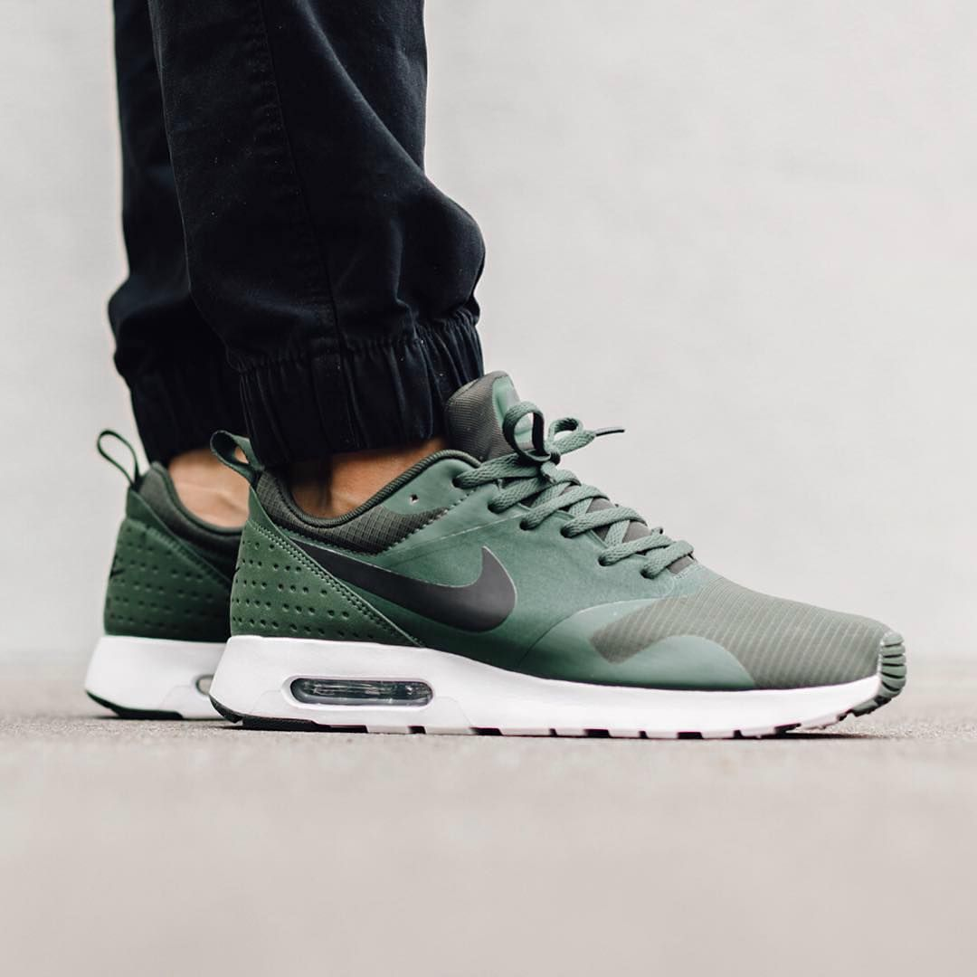 nike air max tavas green suede shoes