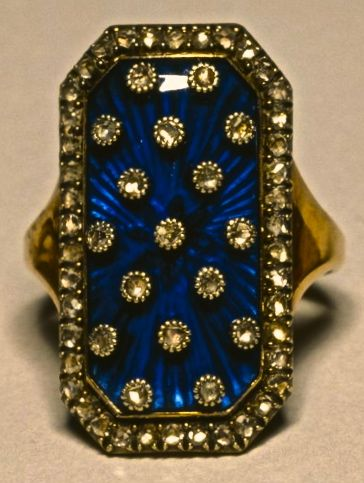 In the 18th century marquise rings set with diamonds on dark blue enamel became fashionable in Europe.