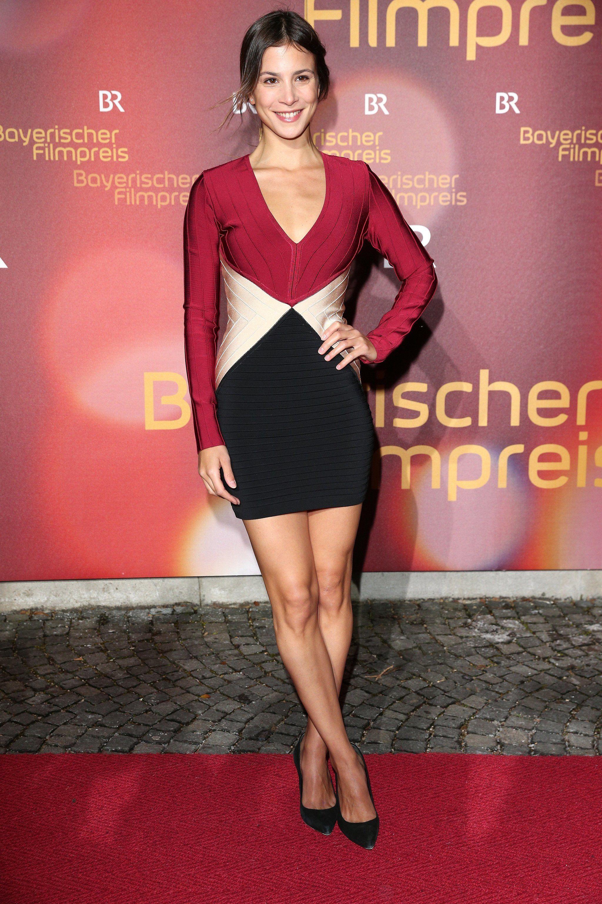 Aylin Tezel beim Bayerischen Filmpreis in München