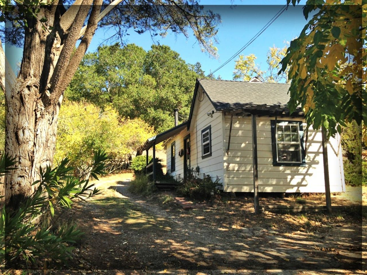 Fairytale cottage in happy valley cottages for rent in