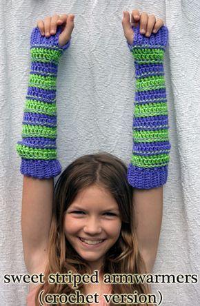 Sweet Armwarmers Crochet: patrón de rayas libre en mooglyblog.com